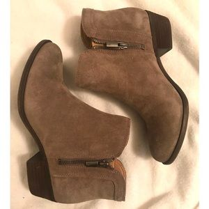 Lucky Brand   'LK-Breah' (Taupe) Suede Bootie sz 8